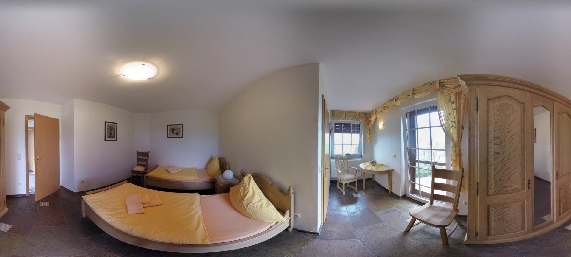 Wohnung4_Schlaf1_25